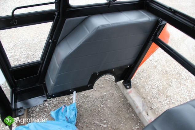Kabina ciągnikowe kabiny Ursus C 330 NAGLAK - zdjęcie 5