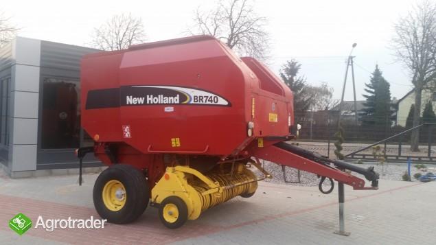 New Holland BR 740 Prasa rolująca - zdjęcie 2