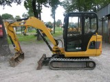 CAT 3025 z 2010 roku - mini koparka