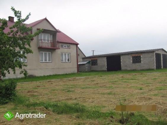 Gospodarstwo rolne, ziemia i budynki na sprzedaż Izbica Kujawska - zdjęcie 1