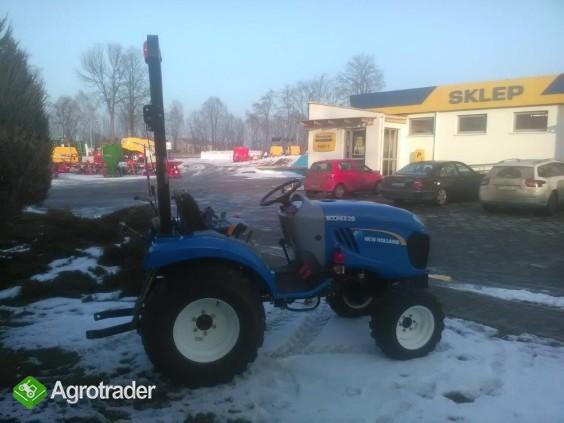Ciągnik sadowniczy (kompaktowy) New Holland BOOMER 20 - zdjęcie 1