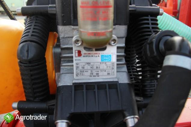 Opryskiwacz ciągany zaczepiany Calabria Biardzki hydrauliczny - zdjęcie 5