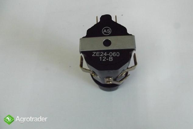 Przełącznik świateł drogowych ZETOR.    - zdjęcie 3