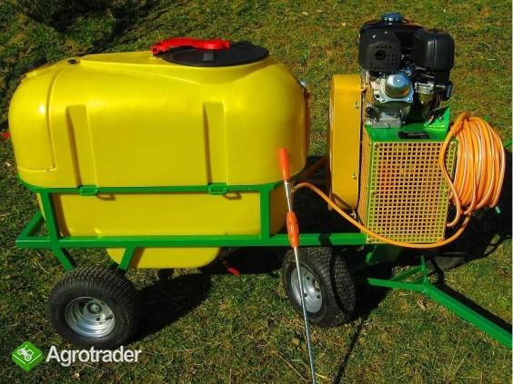 Opryskiwacz spalinowy wózkowy zbiornik 200L, silnik 6,5 HP, 14-22l/min - zdjęcie 3
