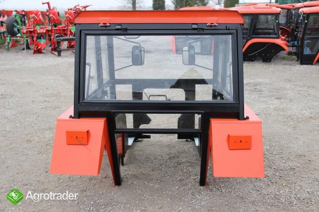 Kabina ciągnikowa do ciągnika C 330 C330 z błotnikami kabiny - zdjęcie 2