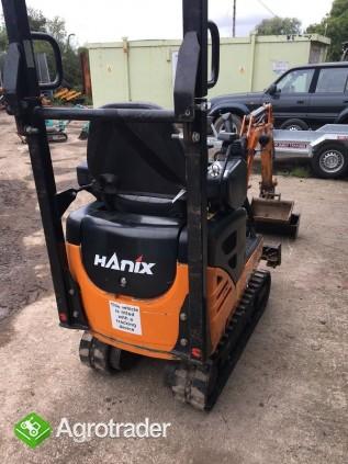 Minikoparką Hanix HD/99 - zdjęcie 1