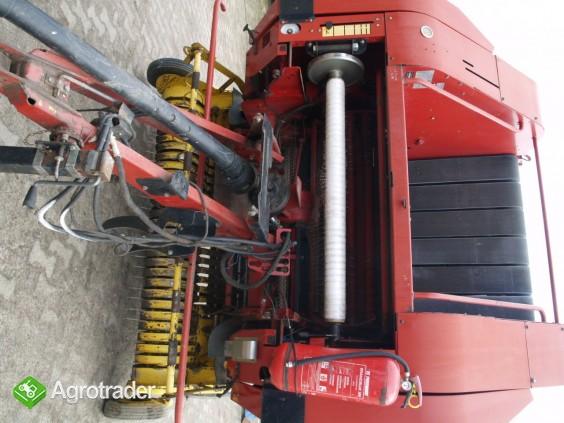 Sprzedam  New Holland BR 750 - zdjęcie 3
